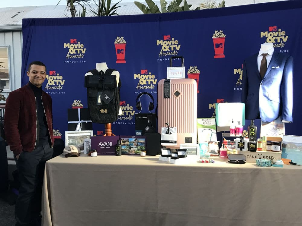 KLH Ultimate One Headphones Make a Splash at the MTV Movie & TV Awards - KLH